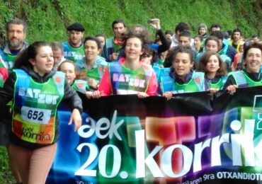Frantseseniak laster egiten du KORRIKARENTZAT – Frantses court pour la Korrika