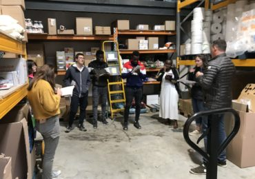 Les élèves de CAP SAPVER en visite chez un grossiste