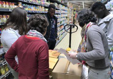 La réception de produits en supermarché ; de la commande à la mise en rayons